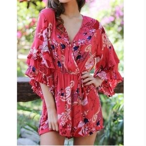 NWT Floral Ruffle Sleeve Romper small